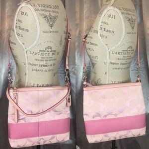 💕Pink Coach Crossbody Bag💕